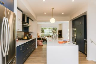 Photo 9: 10504 85 Avenue in Edmonton: Zone 15 House Half Duplex for sale : MLS®# E4160468