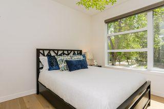 Photo 17: 10504 85 Avenue in Edmonton: Zone 15 House Half Duplex for sale : MLS®# E4160468