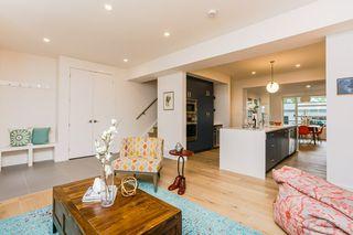 Photo 5: 10504 85 Avenue in Edmonton: Zone 15 House Half Duplex for sale : MLS®# E4160468