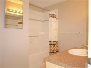 Photo 10: 2131 1010 ARBOUR LAKE Road NW in Calgary: Arbour Lake Apartment for sale : MLS®# C4254422