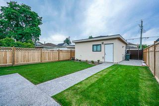 Photo 18: 8017 16TH Avenue in Burnaby: East Burnaby House for sale (Burnaby East)  : MLS®# R2385237
