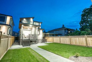 Photo 19: 8017 16TH Avenue in Burnaby: East Burnaby House for sale (Burnaby East)  : MLS®# R2385237