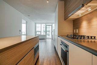 """Photo 5: 2307 908 QUAYSIDE Drive in New Westminster: Quay Condo for sale in """"RiverSky I"""" : MLS®# R2385778"""