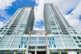 """Photo 2: 2307 908 QUAYSIDE Drive in New Westminster: Quay Condo for sale in """"RiverSky I"""" : MLS®# R2385778"""