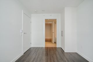 """Photo 11: 2307 908 QUAYSIDE Drive in New Westminster: Quay Condo for sale in """"RiverSky I"""" : MLS®# R2385778"""