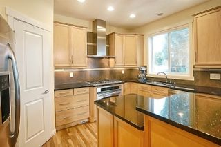 Photo 2: 1304 84 Street in Edmonton: Zone 53 House for sale : MLS®# E4165327