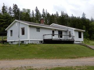 Photo 1: 196 Tanner Hill in Limerock: 108-Rural Pictou County Residential for sale (Northern Region)  : MLS®# 201917073