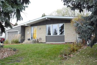 Main Photo: 18 Blue Spruce Crescent in Winnipeg: Bright Oaks Residential for sale (2C)  : MLS®# 1930161