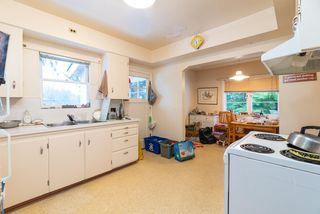 Photo 13: 3184 BAINBRIDGE Avenue in Burnaby: Government Road House for sale (Burnaby North)  : MLS®# R2428857