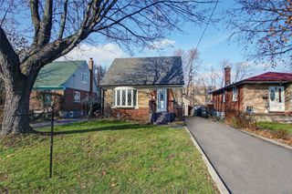 Photo 1: 10 Century Dr in Toronto: Kennedy Park Freehold for sale (Toronto E04)  : MLS®# E4666810