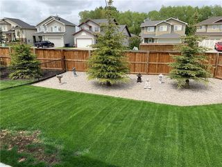 Photo 3: 2 Stone Garden Crescent: Carstairs Semi Detached for sale : MLS®# C4293584
