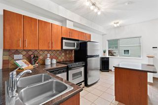"Photo 6: 5 730 FARROW Street in Coquitlam: Coquitlam West Townhouse for sale in ""FARROW RIDGE"" : MLS®# R2457758"