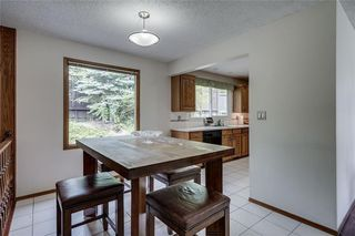 Photo 10: 432 RANCH ESTATES Place NW in Calgary: Ranchlands Detached for sale : MLS®# C4300339