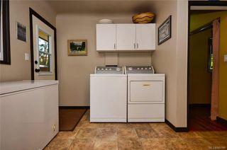 Photo 11: 790 Middleton St in Saanich: SW Gorge House for sale (Saanich West)  : MLS®# 845199