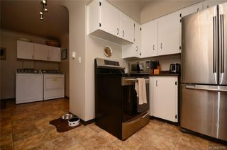 Photo 8: 790 Middleton St in Saanich: SW Gorge House for sale (Saanich West)  : MLS®# 845199