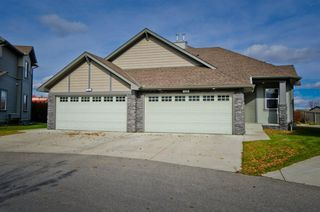 Main Photo: 122 100 Coopers Common SW: Airdrie Semi Detached for sale : MLS®# A1043563