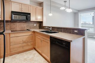 Photo 9: 323 3111 34 Avenue NW in Calgary: Varsity Apartment for sale : MLS®# A1046875