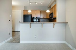 Photo 8: 323 3111 34 Avenue NW in Calgary: Varsity Apartment for sale : MLS®# A1046875