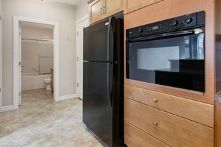 Photo 11: 323 3111 34 Avenue NW in Calgary: Varsity Apartment for sale : MLS®# A1046875