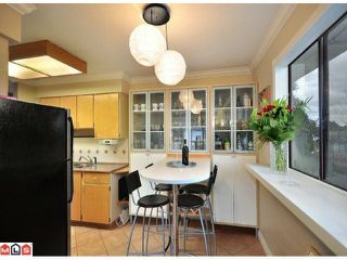 """Photo 6: 312 1442 BLACKWOOD Street: White Rock Condo for sale in """"Blackwood Manor"""" (South Surrey White Rock)  : MLS®# F1103862"""