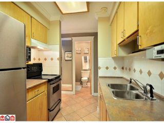"""Photo 8: 312 1442 BLACKWOOD Street: White Rock Condo for sale in """"Blackwood Manor"""" (South Surrey White Rock)  : MLS®# F1103862"""