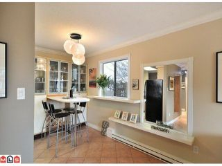 """Photo 5: 312 1442 BLACKWOOD Street: White Rock Condo for sale in """"Blackwood Manor"""" (South Surrey White Rock)  : MLS®# F1103862"""