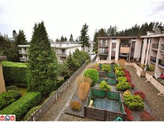 """Photo 10: 312 1442 BLACKWOOD Street: White Rock Condo for sale in """"Blackwood Manor"""" (South Surrey White Rock)  : MLS®# F1103862"""