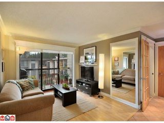"""Photo 3: 312 1442 BLACKWOOD Street: White Rock Condo for sale in """"Blackwood Manor"""" (South Surrey White Rock)  : MLS®# F1103862"""