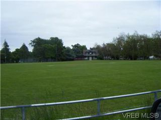 Photo 5: 108 1012 Pakington Street in VICTORIA: Vi Fairfield West Condo Apartment for sale (Victoria)  : MLS®# 298050