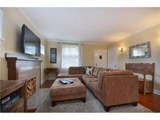 Photo 2: 3202 TURNER Street in Vancouver: Renfrew VE House for sale (Vancouver East)  : MLS®# V982077