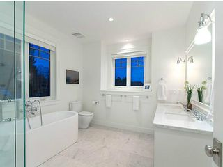 Photo 7: 3979 W 24TH Avenue in Vancouver: Dunbar House for sale (Vancouver West)  : MLS®# V996394