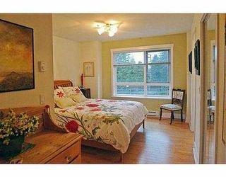 Photo 2: 8 1803 MacDonald Street in Vancouver: Townhouse for sale : MLS®# V993848