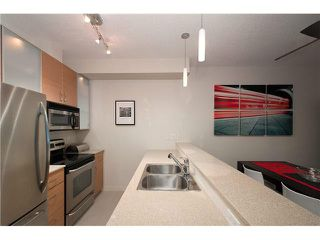 """Photo 10: 318 SMITHE Street in Vancouver: Yaletown Townhouse for sale in """"YALETOWN PARK II"""" (Vancouver West)  : MLS®# V1085840"""