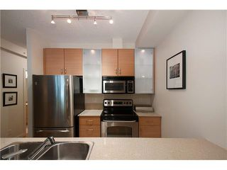 """Photo 11: 318 SMITHE Street in Vancouver: Yaletown Townhouse for sale in """"YALETOWN PARK II"""" (Vancouver West)  : MLS®# V1085840"""