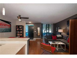 """Photo 1: 318 SMITHE Street in Vancouver: Yaletown Townhouse for sale in """"YALETOWN PARK II"""" (Vancouver West)  : MLS®# V1085840"""