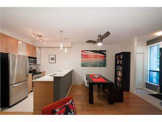 """Photo 5: 318 SMITHE Street in Vancouver: Yaletown Townhouse for sale in """"YALETOWN PARK II"""" (Vancouver West)  : MLS®# V1085840"""
