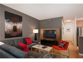 """Photo 3: 318 SMITHE Street in Vancouver: Yaletown Townhouse for sale in """"YALETOWN PARK II"""" (Vancouver West)  : MLS®# V1085840"""