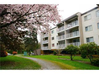 "Photo 1: 115 8740 CITATION Drive in Richmond: Brighouse Condo for sale in ""CHARTWELL MEWS"" : MLS®# V1112143"