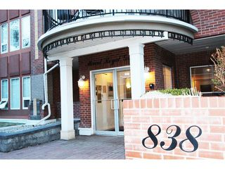 Photo 1: 302 838 19 Avenue SW in Calgary: Lower Mount Royal Condo for sale : MLS®# C4008473