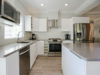 "Photo 2: 13 9088 DIXON Avenue in Richmond: Garden City Townhouse for sale in ""DIXON COURT"" : MLS®# V1122379"
