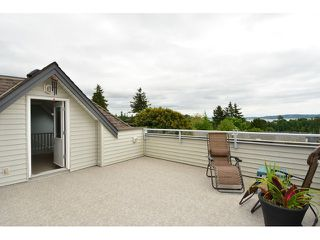 "Photo 13: 952 STEVENS Street: White Rock House for sale in ""White Rock Hillside"" (South Surrey White Rock)  : MLS®# F1440900"