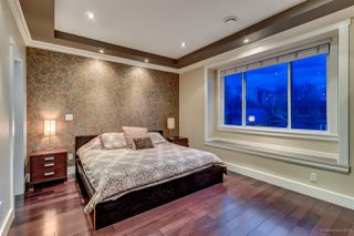 Photo 9: 4468 DARWIN Avenue in Burnaby: Burnaby Hospital House for sale (Burnaby South)  : MLS®# R2028162