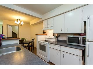 "Photo 9: 1011 34909 OLD YALE Road in Abbotsford: Abbotsford East Condo for sale in ""THE GARDENS"" : MLS®# R2050099"
