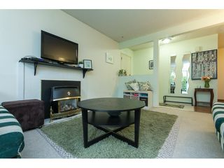 "Photo 4: 1011 34909 OLD YALE Road in Abbotsford: Abbotsford East Condo for sale in ""THE GARDENS"" : MLS®# R2050099"