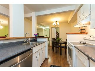 "Photo 10: 1011 34909 OLD YALE Road in Abbotsford: Abbotsford East Condo for sale in ""THE GARDENS"" : MLS®# R2050099"