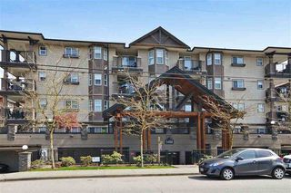 "Photo 1: 402 5488 198 Street in Langley: Langley City Condo for sale in ""Brooklyn Wynd"" : MLS®# R2063283"