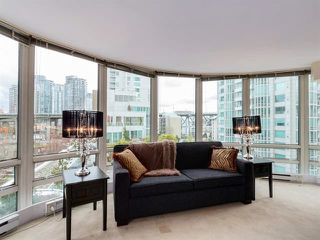 "Photo 8: 808 1500 HORNBY Street in Vancouver: Yaletown Condo for sale in ""888 BEACH"" (Vancouver West)  : MLS®# R2065574"
