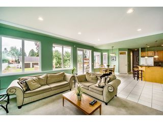 "Photo 10: 638 THOMPSON Avenue in Coquitlam: Coquitlam West House for sale in ""Burquitlam"" : MLS®# R2071441"