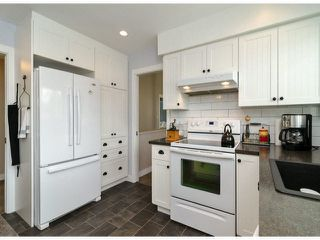 "Photo 4: 6445 LYON Road in Delta: Sunshine Hills Woods House for sale in ""SUNSHINE HILLS"" (N. Delta)"