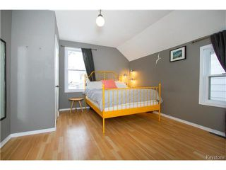 Photo 14: 304 Arnold Avenue in Winnipeg: Fort Rouge Residential for sale (1Aw)  : MLS®# 1700584